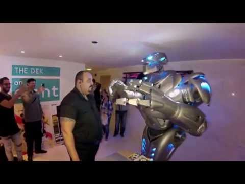 A Dubai Robot, winding up bouncers and door staff at Nightclub!