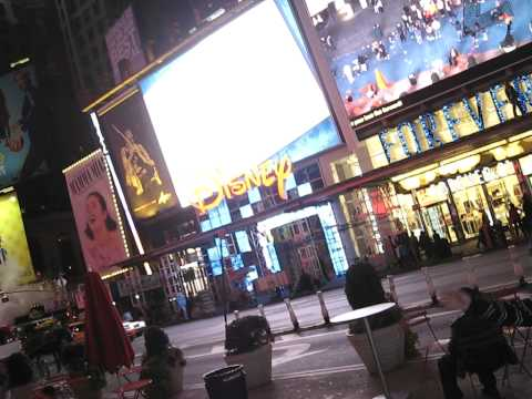 PERU 2- PARAGUAY 0, TIMES SQUARE NY