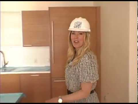 carlyle residences video luxury high rise los angeles condos valerie fitzgerald kitchen. Black Bedroom Furniture Sets. Home Design Ideas