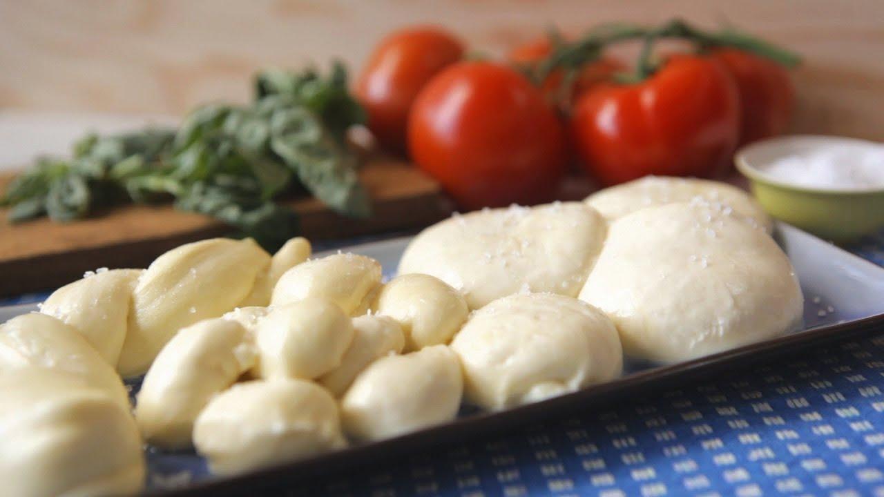 Как приготовить сыр моцарелла в домашних условиях