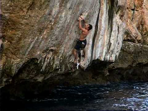 Chris Sharma: Deep Water Solo