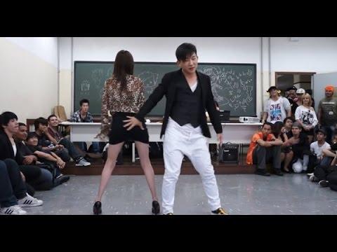 Cô Giáo Và Nam Sinh Nhảy Sexy Rồi Hôn Nhau Trước Lớp Học video