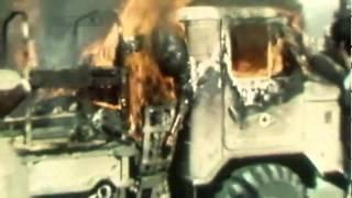 سوزاندن سرباز میهن در میان پایکوبی انقلابیون