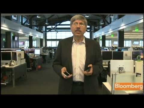 Bloomberg's Jaroslovsky Reviews New Samsung, Sony Smartphones