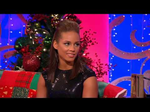 Alicia Keys - Interview - Paul OGrady Show - 10th Dec 09-snoop