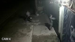 cắt khóa cổng trộm cắp tài sản