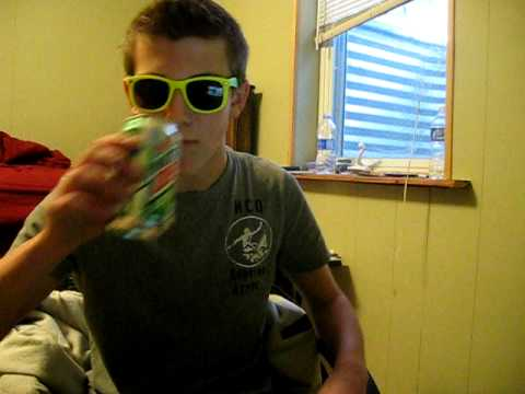 Nerdy White Kid Kills look At Me Now (mac Lethal Cover) video