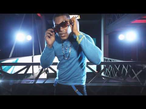 El Boom - striptease video