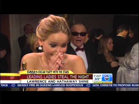 Oscar 2013: Jennifer Lawrence se emociona al conocer a Jack Nicholson (VIDEO)