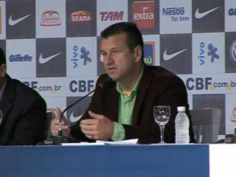 Dunga omit Ronaldinho and Adriano from Brazil Squad