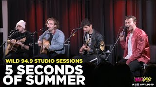 Download Lagu 5 Seconds of Summer Performs 'Jet Black Heart' and 'Want You Back' LIVE! Gratis STAFABAND