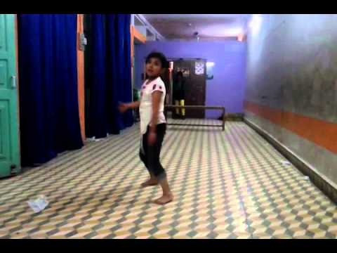 Kamli Kamli-preena- Hiten Touch Wood Dance Academy video