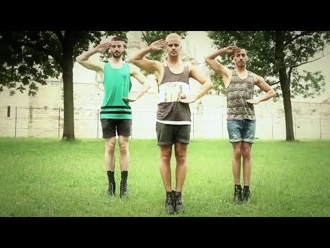 Yanis Marshall y sus bailarines bailan Spice Girls en tacones por París