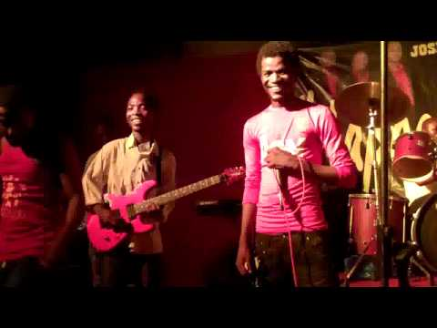 King Of Tanzania 2011  Music 20per Cent Live In Action (michuzi Blog) video