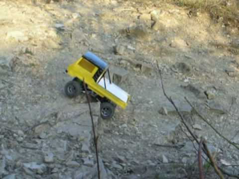 RC Scale Offroad: Pinzgauer 4x4 Scaler, RC Truck-Trial, test-drive.