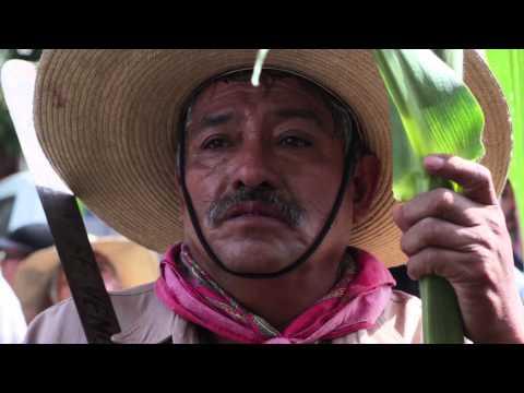 Atenco en pugna: marcha al tribunal agrario en Texcoco 22 de agosto
