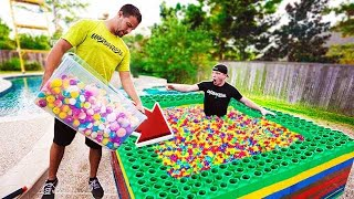 10 MILLION ORBEEZ vs 1,000 BATH BOMBS IN POOL!
