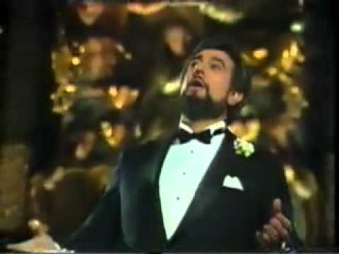 Classic Christmas Songs — Julie Andrews, Placido Domingo & John Denver