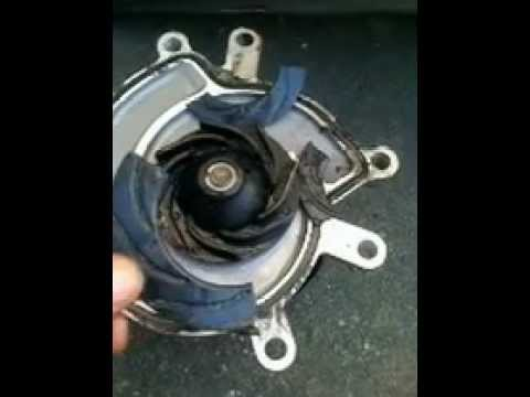Dodge RAM 1500. 4.7 L. 2005. water pump.