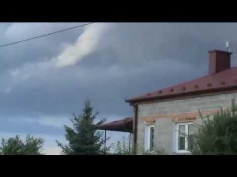 Tworząca Się Trąba Powietrzna W Woli Ocieckiej K. Ropczyc 25.06.2011