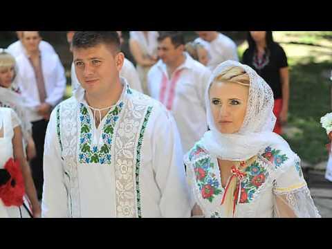 Моя Україна..  Виконує пісню Н.Бучинська