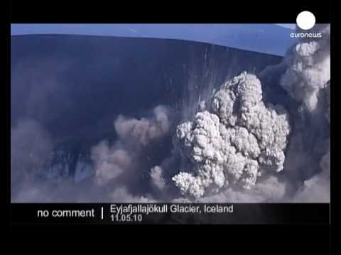 Volcanic eruption continues in Iceland