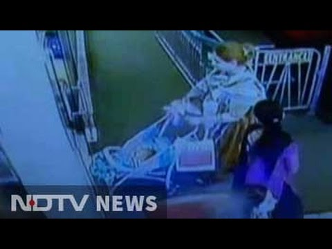 Caught on camera: Two transgenders kidnap baby in West Delhi mall