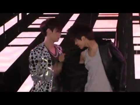120401 EXO - SOLO TIME [SHOWCASE IN BEIJING] Music Videos