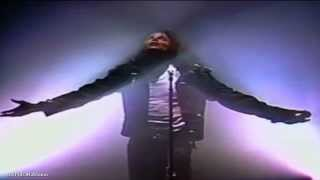 Michael Jackson Video - Michael Jackson - Man In The Mirror Live In Wembley 1988 - HD - Remastered - Widescreen