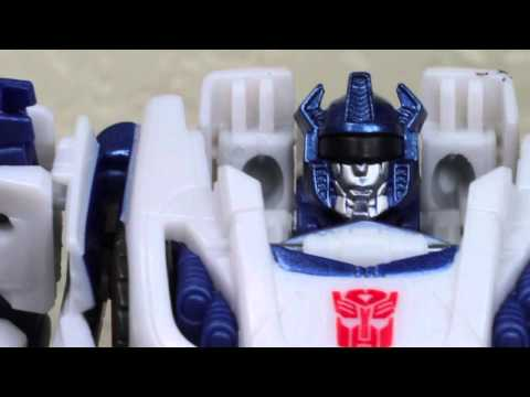 Transformers Fall Of Cybertron Generations Deluxe Jazz Review