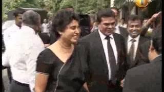 shakthi lunch News 16 September 2013_கலாநிதி ஷிராணி பண்டாரநாயக்க நீதிமன்றத்தில் ஆஜர்