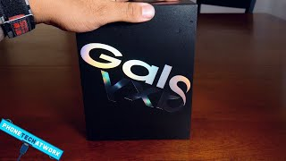 Samsung Galaxy Fold Unboxing! Wow!