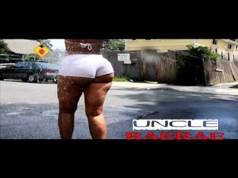 Crystal Bates Ass Shaking Donk Jump Papoose New Song video