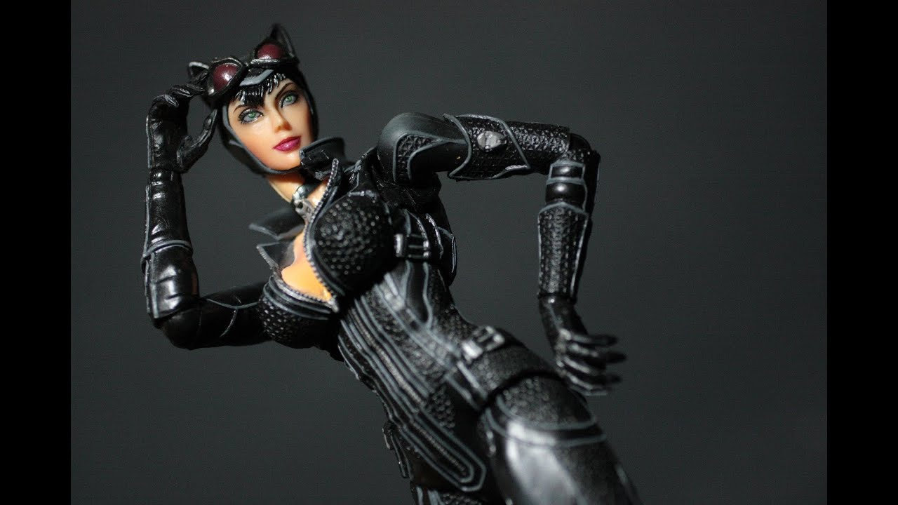 Catwoman arkham city unzipping her suit xvideos adult gallery