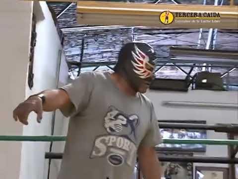Leyendas de la Lucha Libre: Águila Solitaria