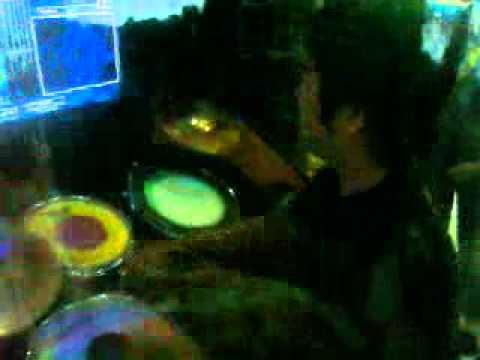 Video Skandal Ariel Dengan Aura Kasih Terbaru video
