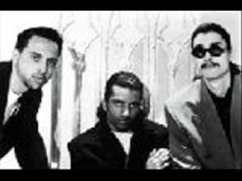TRIP TO INDIA - KING BEE & ERIC NOUHAN.wmv