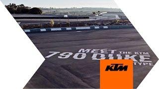 KTM 790 DUKE - The Scalpel | KTM