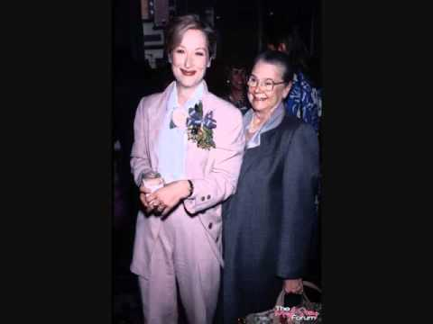 Meryl Streep's Inspiration -- Her Mother, Mary - YouTube