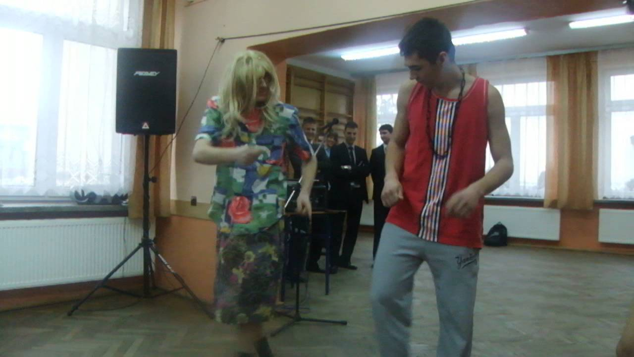 Dzień kobiet - kabaret D.N.O - skecz w wykonaniu chłopaków z ZSP w Tęgoborzy
