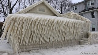 See This Lake Front House That's Completely Covered In Ice