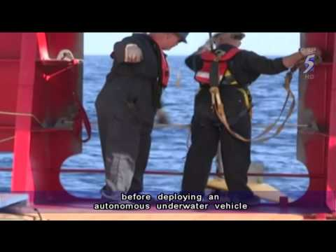 Malaysia cautiously hopeful signals detected are from MH370 black box - 07Apr2014