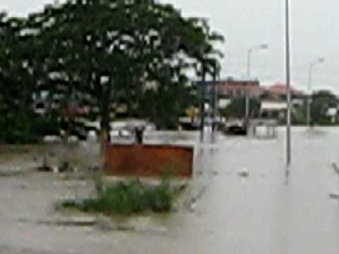 Flooding on Accra-Tema Motorway