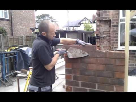 How to build a brick wall (bricklaying).3gp