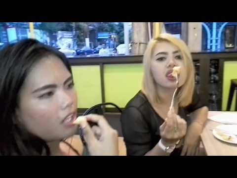 THAI GIRLS IN MY HOTEL | Vlog 11 | Late dinner in the morning in Pattaya