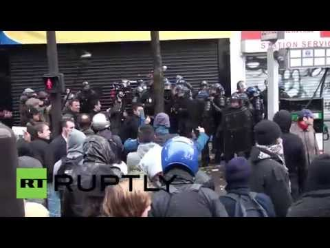 France: Firecrackers hurled at cops during Paris anti-police brutality demo