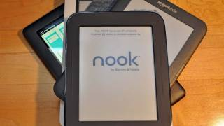 New Barnes & Noble Nook Simple Touch: Review (Nook vs Kindle)
