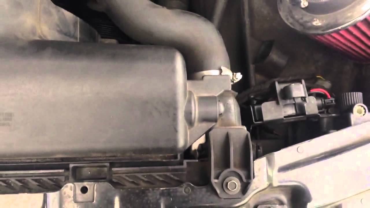 Tip On Expansion Tank Vent Hose 97 03 Bmw 5 Series E39