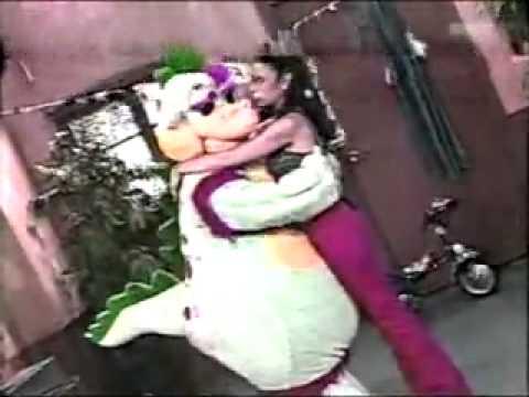 Maria Pia y Timoteo se van a la cama (1998) - Cholotube