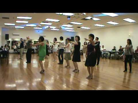 Chilly Cha Cha Line Dancing   -   M2U00053